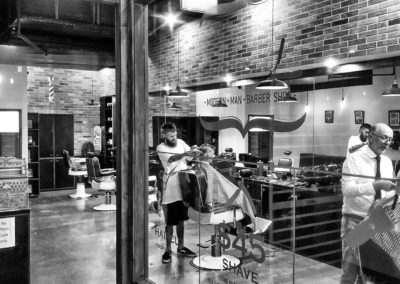 IMG_6901_easyHDR-black-and-white-400x284 - The Strand Barber Shop